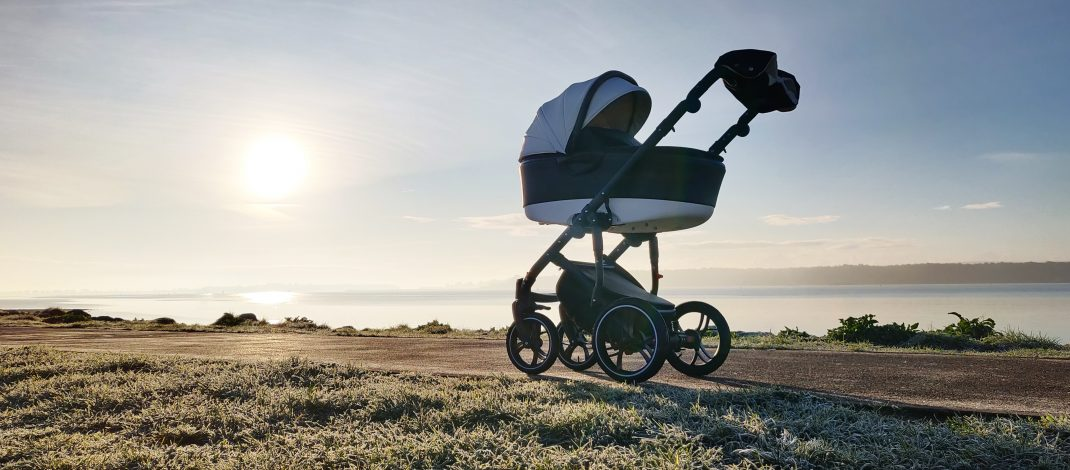 BABYLIMO DRIVES INTO THE UK